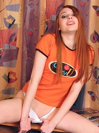 Teen in panties pics - Young Leeloo has a beautiful smile increased by perfect body!