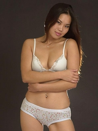 Panty pictures - Lovely Asian chick in dispirited uninspiring underthings